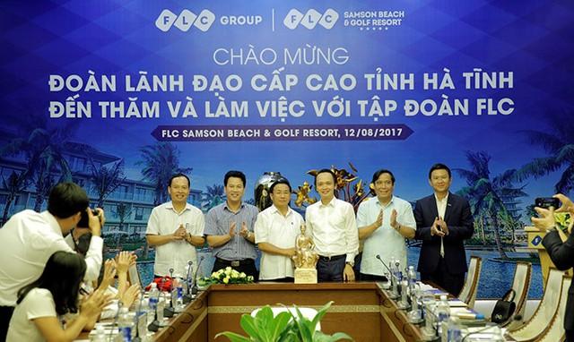 Chủ tịch Hà Tĩnh: Tập đoàn FLC hãy tận dụng cơ hội, sớm triển khai dự án trên địa bàn tỉnh - ảnh 4