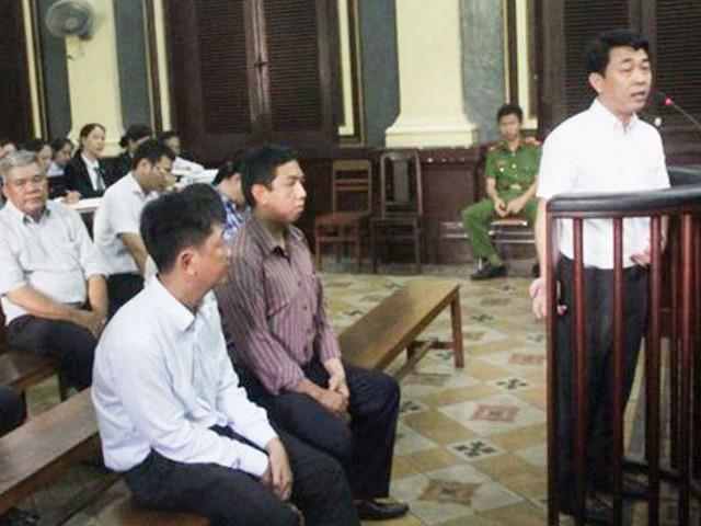 Khi vụ án liên quan đến Công ty VN Pharma đang diễn ra thì trên mạng xã hội xuất hiện nhiều tài liệu về mối điện thoại giữa gia đình bà Nguyễn Thị Kim Tiến và công ty này. Ảnh: AC