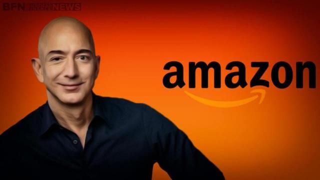 Jeff Bezos xếp cuối cùng trong danh sách top 10.