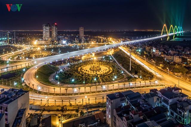 Cầu Nhật Tân và nút giao Võ Chí Công
