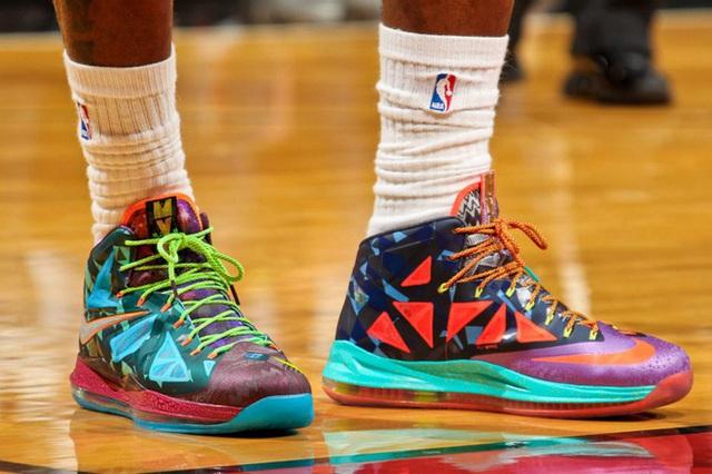 Phiên bản giày bóng rổ đặc biệt LeBron X MVP, chỉ có 500 đôi trên toàn thế giới