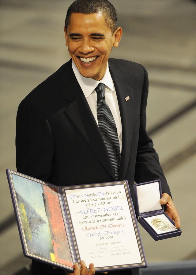 Tổng thống Mỹ Barack Obama đã từng được nhận giải Nobel Hòa Bình năm 2009 vì những đóng góp to lớn của mình cho nền hòa bình thế giới.