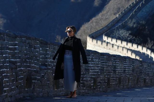 Đệ nhất phu nhân nước Mỹ Melania Trump thăm đoạn thành Mộ Điền Dục của Vạn Lý Trường Thành, khu vực ở ngoại ô Bắc Kinh.