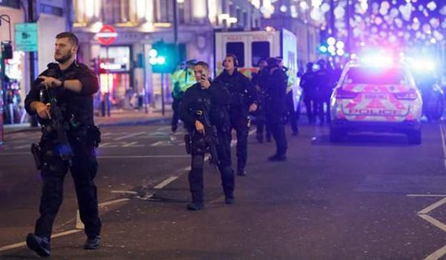 Cảnh sát tuần tra sau sự cố.