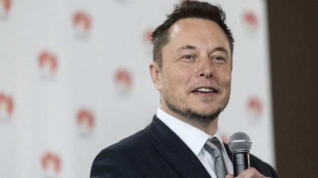 Khi Musk và Heard kết thúc mối quan hệ của họ vào mùa hè năm ngoái, Musk cho rằng việc chia tay này sẽ là bảo mật trước phương tiện truyền thông xã hội.