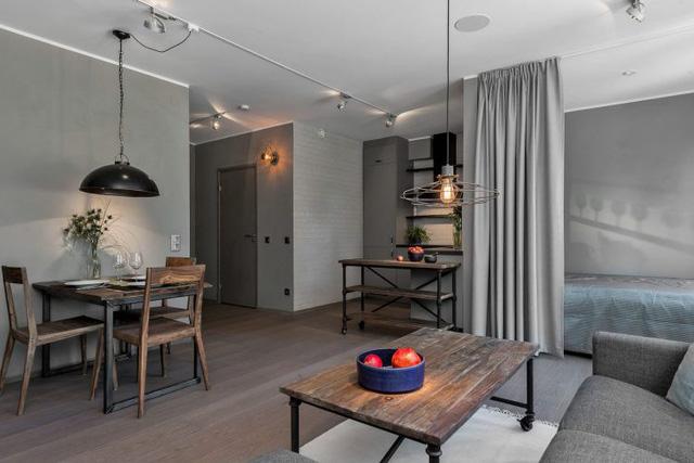 Trên tổng diện tích 45m2 căn hộ được thiết kế với đầy đủ các khu vực chức năng thông thoáng gồm khu vực tiếp khách, bếp, bàn ăn và góc nghỉ ngơi tuyệt đẹo cạnh cửa sổ.