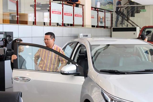 Xe nhập khẩu nguyên chiếc không giảm, thậm chí tăng do khan hiếm hàng.
