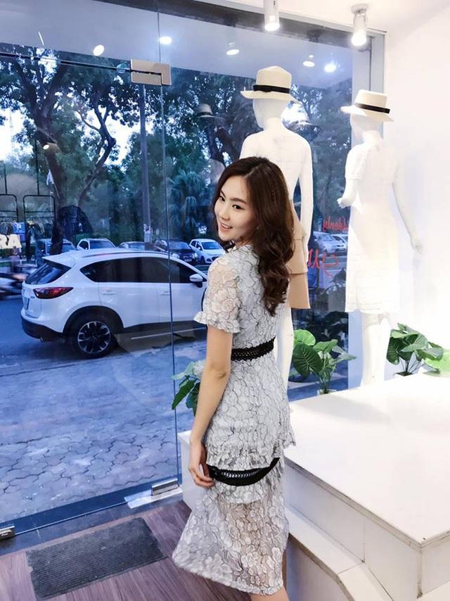 Tuy lấy chồng giàu có, Mai Ngọc vẫn theo đuổi đam mê kinh doanh riêng, không dựa dẫm vào chồng. Sự tự chủ, tự tin đã khiến Mai Ngọc trở thành thần tượng của nhiều cô gái trẻ.