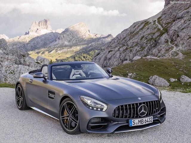 Mercedes-Benz AMG GT Roadster mới giới thiệu cuối năm 2016. Ảnh: Netcarshow.