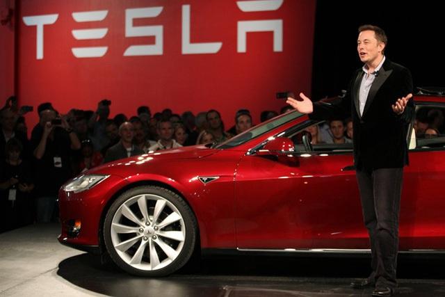 Với Model 3, Elon Musk đã ép buộc các tập đoàn xăng dầu, các thương hiệu xe hơi toàn cầu phải chấp nhận sự thật rằng tương lai của xe hơi là xe điện.