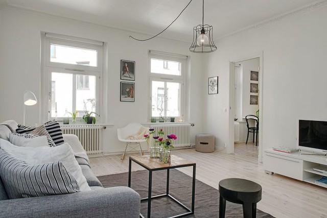 Nội thất được kết hợp khéo léo tạo nên sự hài hòa cho phòng khách.