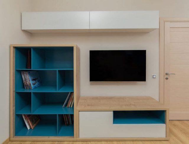 Nội thất trong căn hộ tất cả đều được làm bằng gỗ tạo cảm giác thân viện và vô cùng gần gũi.