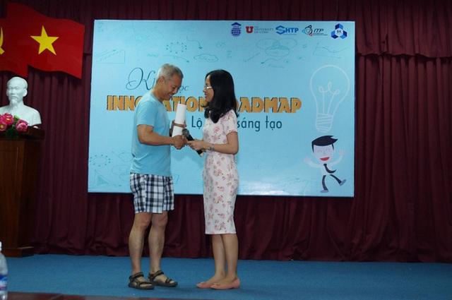 Thầy Thành từng mặc quần soóc, áo thun trong khóa học về Lộ trình sáng tạo ở Đại học Bách Khoa vào năm ngoái.