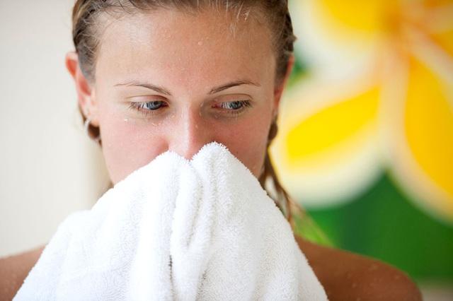 Tắm buổi tối cũng được chứng minh là mang lại nhiều lợi ích sức khoẻ.