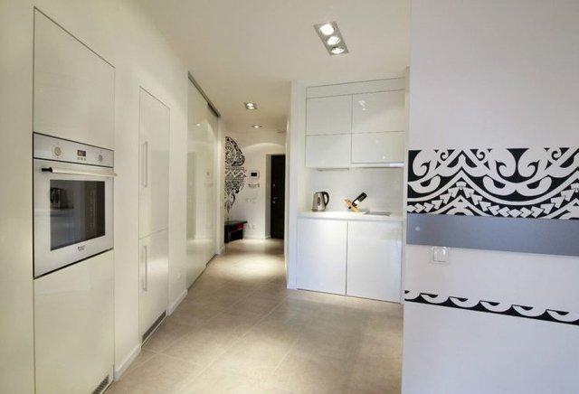 Màu trắng được lựa chọn làm gam màu chủ đạo cho tổng thể, khiến không gian căn hộ trở nên rộng và thoáng đãng.