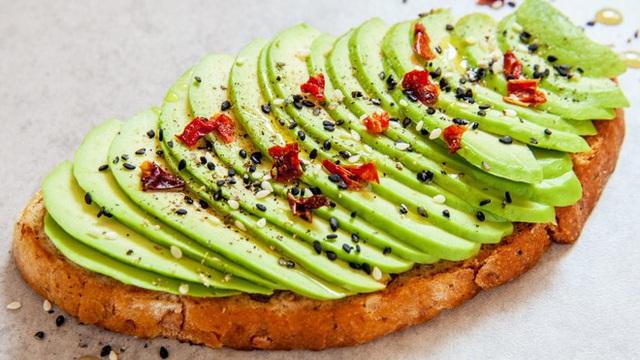 Một số giáo viên yoga lại thường ăn sáng với bánh mì nướng với lát bơ
