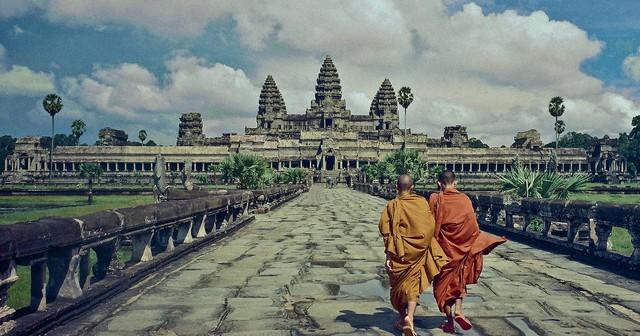 Angkor Wat là đền thờ nổi tiếng ở Campuchia