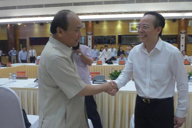 Thủ tướng Nguyễn Xuân Phúc gặp gỡ ông Đỗ Minh Phú - Chủ tịch HĐQT Tập đoàn DOJI