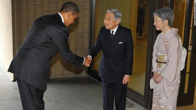 Cựu tổng thống Obama trong chuyến viếng thăm Thiên hoàng Akihito và Hoàng hậu Michiko. (Nguồn: Japantoday)