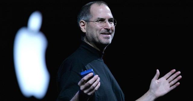 Steve Jobs đóng vai trò rất quan trọng trong thành công của Apple, nhưng chính sách của ông không còn hợp lý trong thời đại ngày nay nữa.