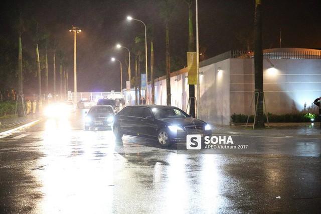[NÓNG] Dàn siêu xe của Tổng thống Putin xuất hiện trên đường phố Đà Nẵng - Ảnh 4.