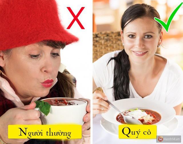 Để thực phẩm nguội nhanh hơn, bạn hãy thử khuấy nó bằng muỗng nhé!