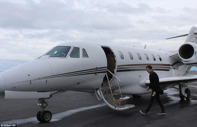 Bay nối chuyến sẽ rẻ hơn nhiều so với bay liền chặng.