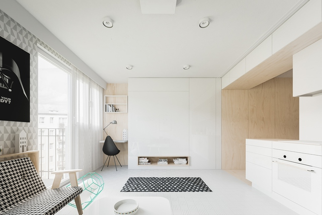 Dù nhỏ về diện tích nhưng toàn bộ không gian trong ngôi nhà đều ngập tràn ánh sáng tự nhiên nhờ rất nhiều ô cửa kính. Và có lẽ rất nhiều người sẽ thắc mắc không hiểu không gian nghỉ ngơi của chủ nhà ở đâu?