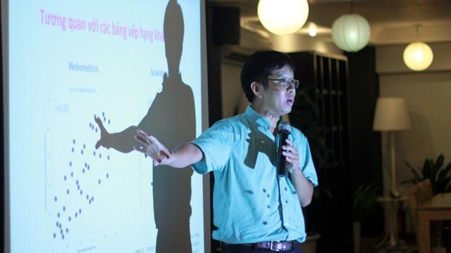 TS Lê Quang Hưng so sánh sự tương quan giữa bảng xếp hạng Việt Nam với 2 bảng xếp hạng khác.