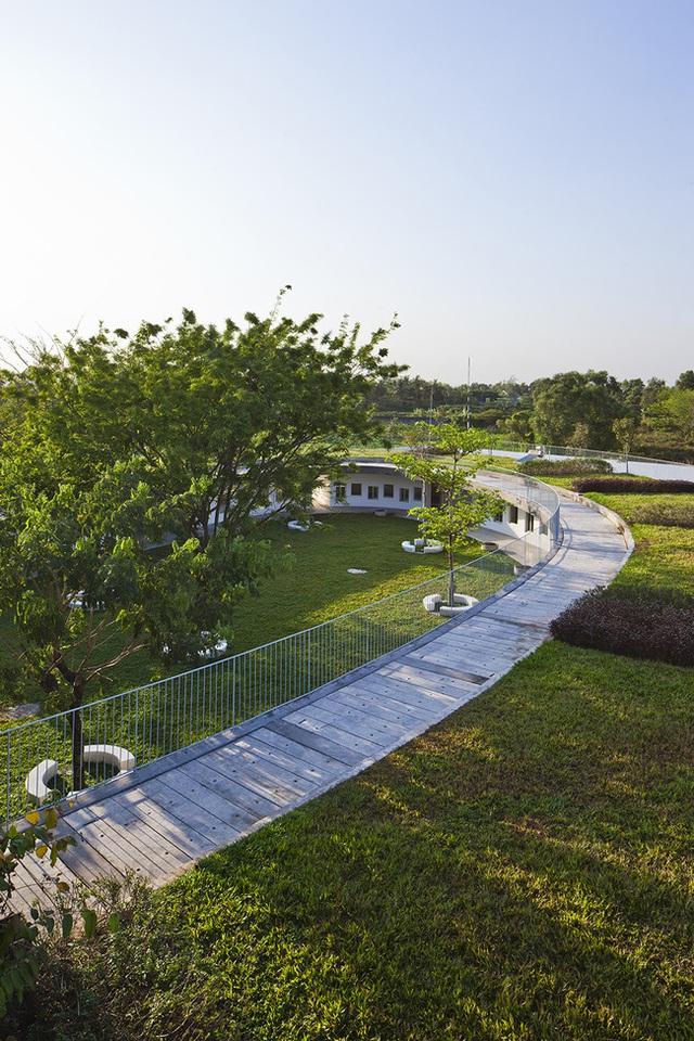 Công trình này do nhóm kiến trúc sư Võ Trọng Nghĩa, Takashi Niwa, Masaaki Iwamoto và các kiến trúc sư Trần Thị Hằng, Kuniko Onishi thiết kế.