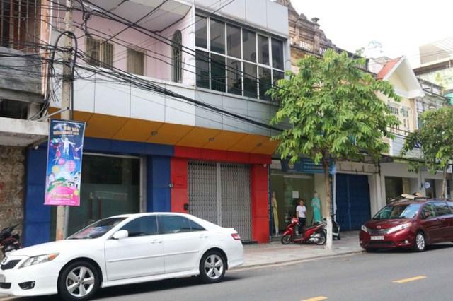 Dãy nhà số 45 – 47 – 49 Nguyễn Thái Học.