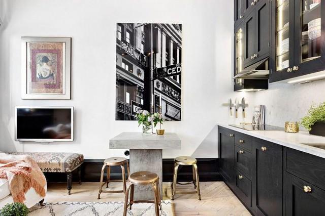Sơ hữu diện tích vô cùng khiêm tốn nhưng căn hộ không hề thiếu thốn một không gian chức năng nào. Vấn có đầy đủ phòng khách, bếp, bàn ăn, khu vệ sinh và một phòng ngủ riêng biệt yên tĩnh.