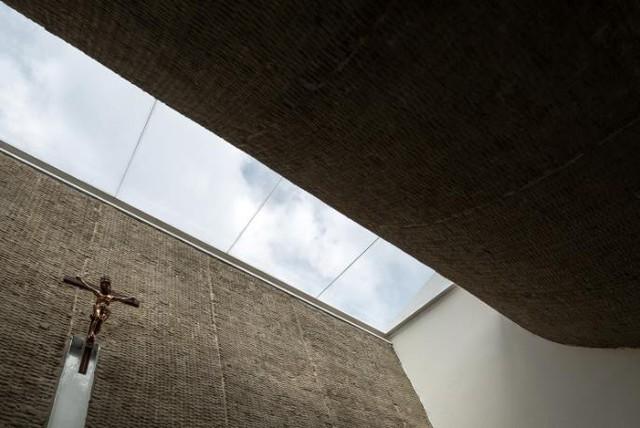 Họ mong muốn có một ngôi nhà vừa mang kiến trúc hiện đại, đồng thời chứa đựng những giá trị truyền thống bên trong.