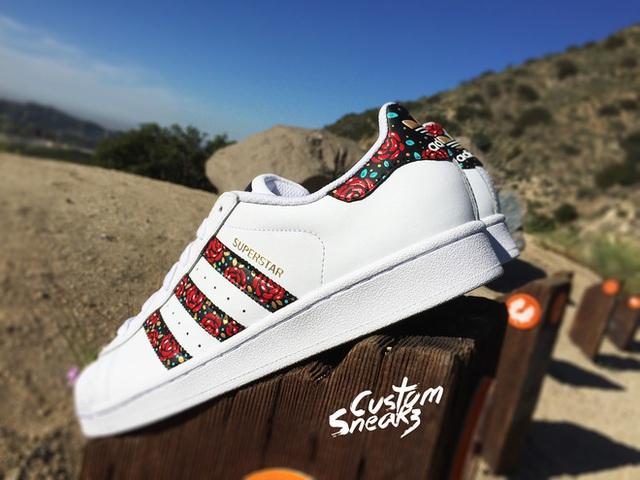 Những đôi giày được custom lại luôn có giá trị nổi bật trong mắt người tiêu dùng