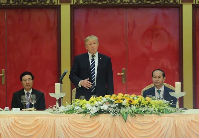 Tổng thống Donald Trump: Việt Nam là một trong những điều kỳ diệu trên thế giới. Ảnh VGP/Nhật Bắc