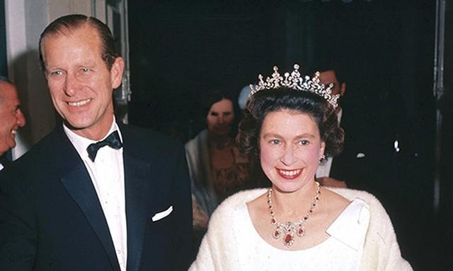 Cặp vợ chồng xuất hiện tại nhà hát Manoel, Valletta, Malta vào năm 1967.