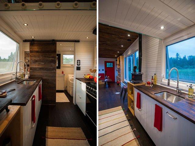 Sâu bên trong là khu vực nấu ăn được thiết kế gọn gàng, ngăn nắp.