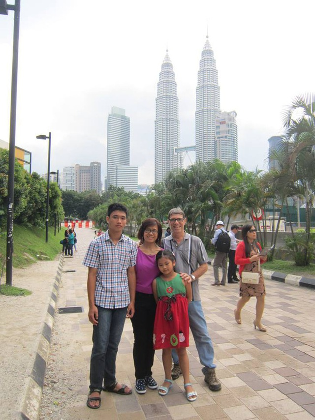 Quang Nhật trong chuyến du lịch cùng gia đình