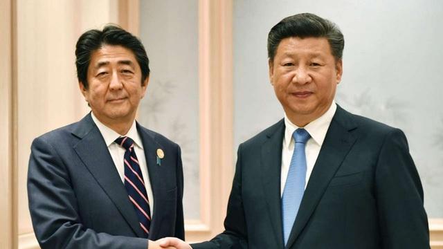 Thủ tướng Nhật Bản Shinzo Abe và Chủ tịch Trung Quốc Tập Cận Bình