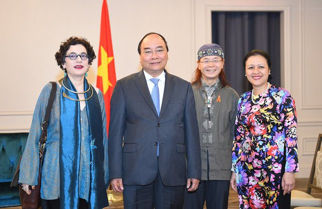 Thủ tướng Nguyễn Xuân Phúc tiếp vợ chồng ông Ngô Thanh Nhàn, bà Merle Ratner