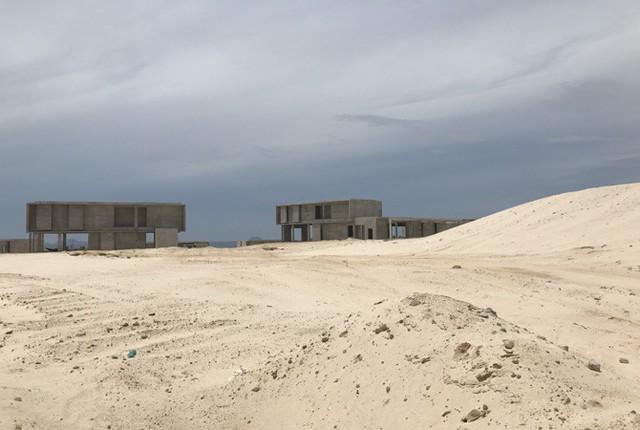Dự án rộng lớn, nhưng chỉ có vài căn biệt thự nghỉ dưỡng được triển khai dở dang.