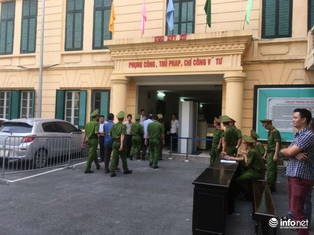 Bị cáo Nguyễn Hoàng Giang, cựu Chủ tịch Công ty BSC. Bị cáo Giang là em họ của Nguyễn Xuân Sơn.