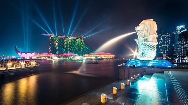 Bị tụt 1 hạng, năm 2017 Singapore đạt top 4 trong danh sách này với mức GDP đạt 87082 USD (khoảng 1,98 tỉ đồng).