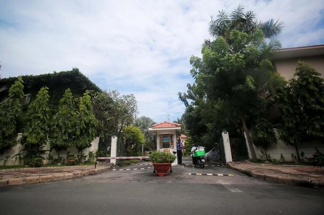 Khu biệt thự khang trang hiện đã có nhiều cư dân dọn vào ở. Ảnh: Hoàng Triều