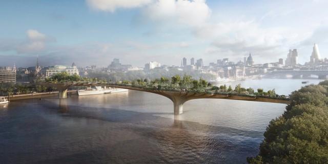 Trước đó, thủ đô London của Anh cũng từng có kế hoạch xây dựng công viên tương tự - có tên Garden Bridge, trên dòng sông Thames nổi tiếng. Tuy nhiên, hồi tháng 8, Thị trưởng thành phố Sadiq Khan đã huỷ bỏ dự án này, cho rằng người dân có thể sẽ giận dữ khi mà ngân sách công sẽ tiêu tốn tới 43 triệu USD. Trong ảnh là bản dựng đồ hoạ của Garden Bridge.
