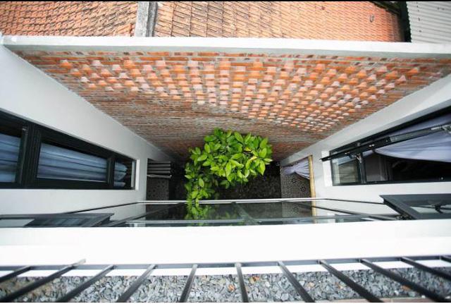 Báo ngoại ngỡ ngàng trước ngôi nhà ống ở Đà Nẵng - ảnh 9