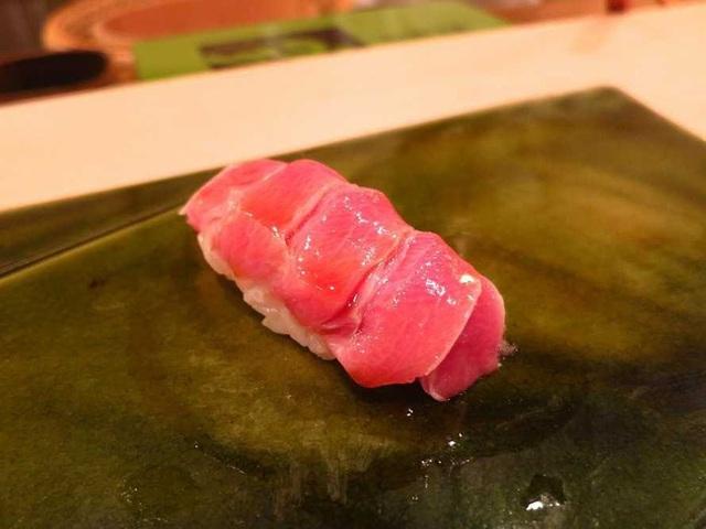 Nhà hàng Sukiyabashi Jiro.