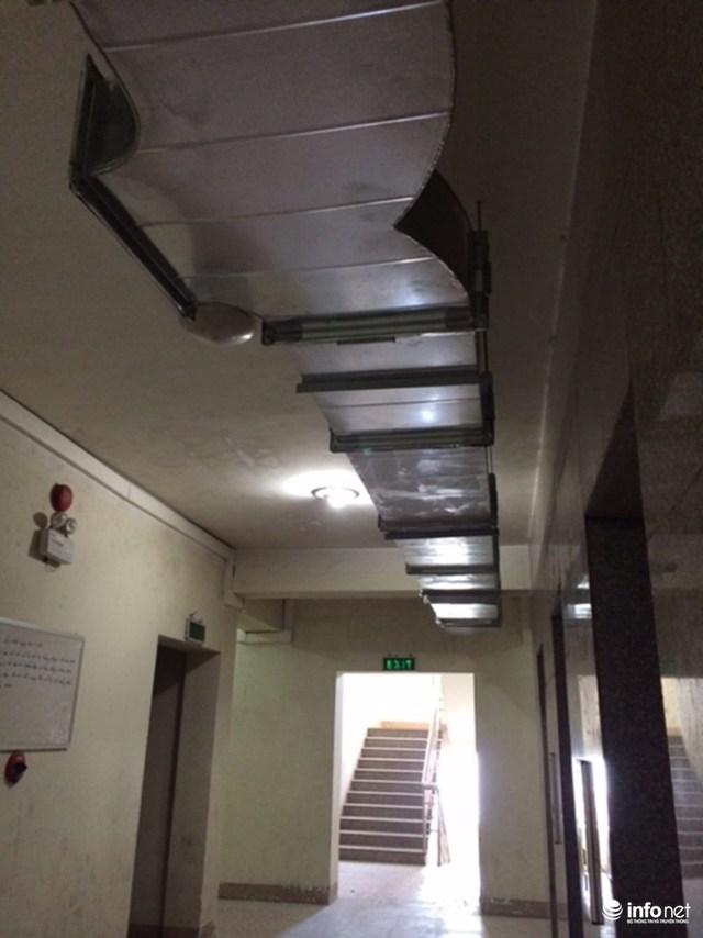 Trần hành lang sẽ thấp xuống vài chục phân sau khi khắc phục hạng mục phòng cháy chữa cháy theo phương án của chủ đầu tư.