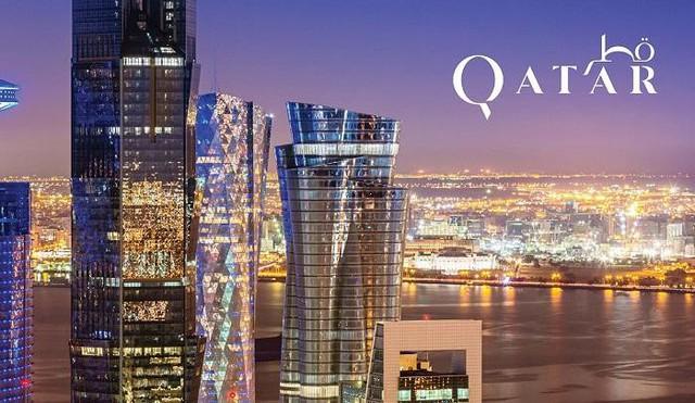 Qatar xinh đẹp – nơi có trữ lượng khí gas tự nhiên và dầu mỏ lớn thứ 3 thế giới đã liên tục nắm giữ vị trí đầu bảng trong nhiều năm liền. Với tỷ lệ GDP đạt 129726 USD (khoảng 2,96 tỉ đồng), có lẽ sẽ phải mất một thời gian dài để các nước khác có thể vượt qua được Qatar.