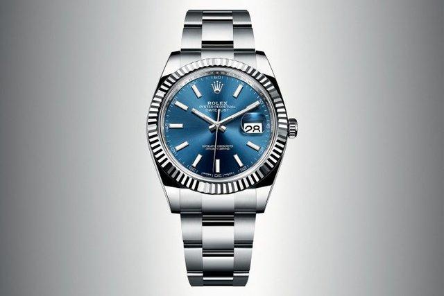 Đồng hồ Datejust 41 được trang bị dây đeo Oyster hoặc Jubilee có thể linh động tự gia tăng chiều dài dây thêm 5mm.